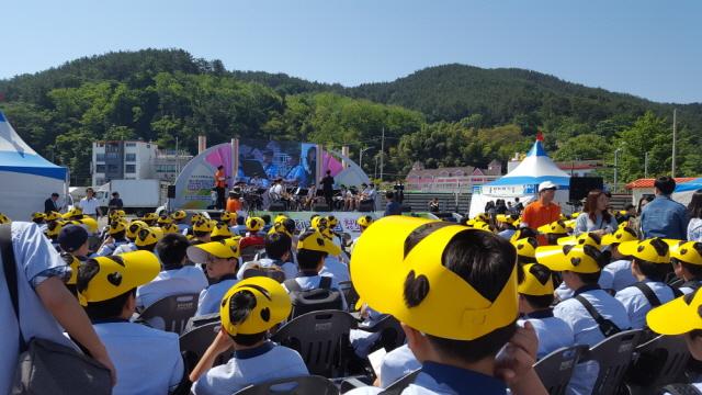 011바다의 땅, 통영!  청소년들의 열기와 함성으로 들썩이다1.jpg